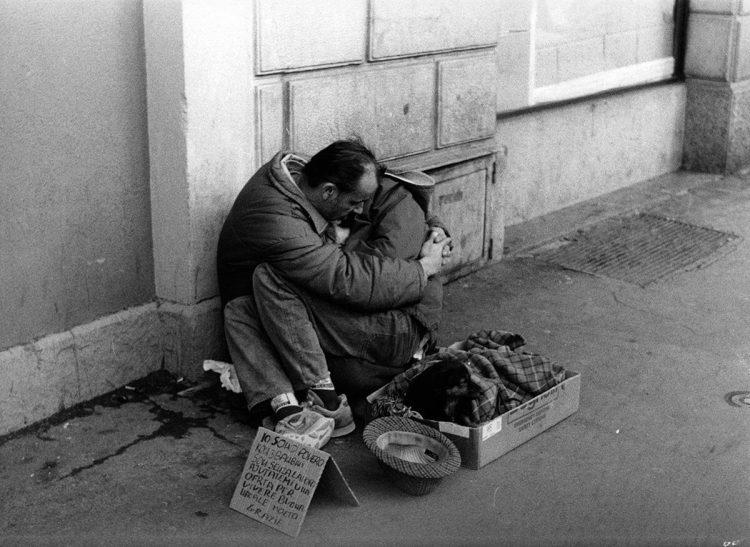 Homeless, uno scatto in (vero) bianco e nero!